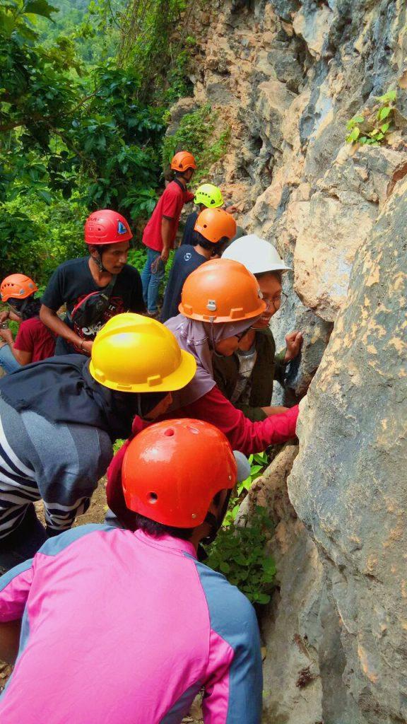 """Delegasi HANCALA mengikuti """"Rock Trip #3"""" Pelatihan Bersama Panjat Tebing oleh KPTY"""